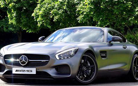 Jízda v Mercedes Benz SLS AMG. Elegantně.