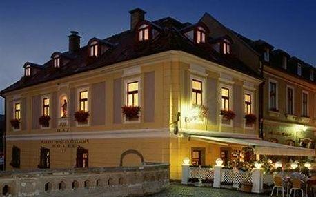 Maďarsko: Hotel Offi Ház