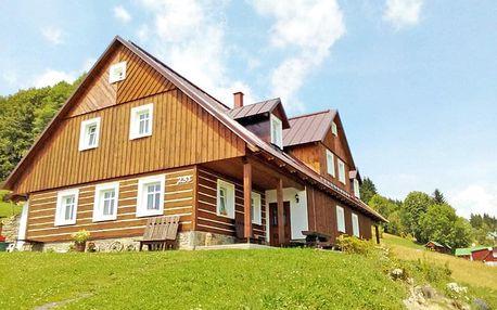 Krkonoše v chalupě nedaleko Sněžky a turistických tras s polopenzí + až 2 děti do 9,9 let zdarma, termíny přes léto