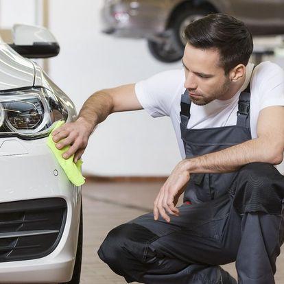 Ruční mytí auta, čištění interiéru i kompletní péče