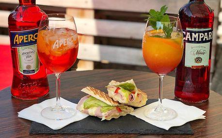 Italský večer pro partu: aperol, campari i panini