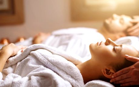 Luxusní párový relax: Partnerská masáž dle výběru