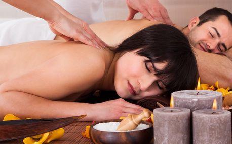 Vzrušující tantra masáž pro páry nebo vířivka