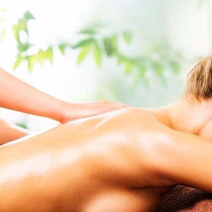 Pod rukama zkušeného maséra: až 90 minut masáže