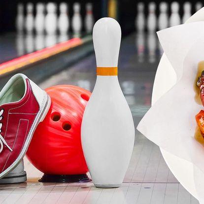 Bowling pro 8 osob a 1 kg kuřecích křídel