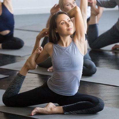 Protáhněte své tělo: 1–10 lekcí jógy