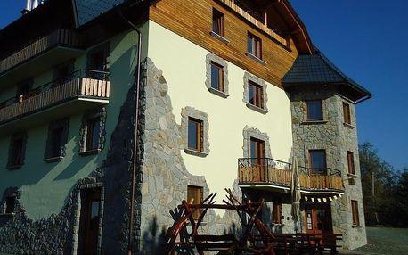 Orava: Orava Hotel