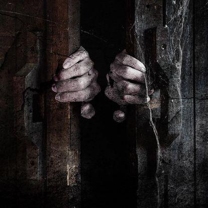 Hororová úniková hra až pro 6 hráčů na 70 minut
