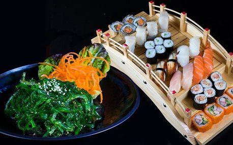 Sushi se sépií, úhořem i okounem pro 2 osoby