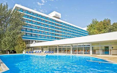 Balaton pro rodiny: Danubius Hotel Annabella s polopenzí, pláží a wellness