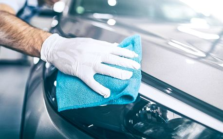 Profi ruční mytí auta: exteriér i interiér