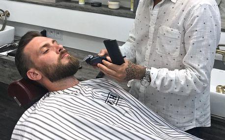 Pánský střih i holení hot towel v barber shopu