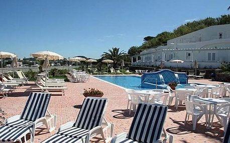 Itálie, Ischia, letecky na 8 dní snídaně