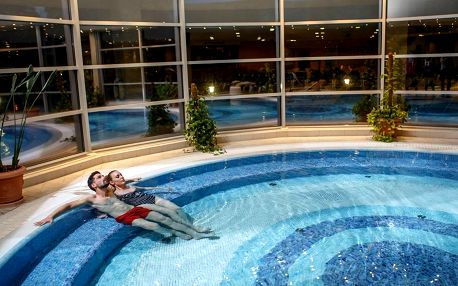 Termály a TOP wellness v Hotelu Visegrad Superior**** pro 1 osobu
