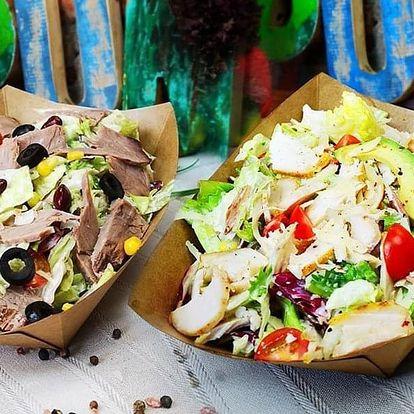 Tortilla s kofolou nebo salát dle výběru