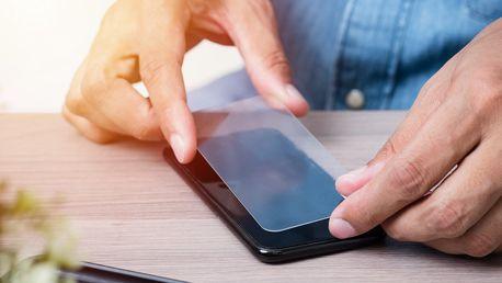 Tvrzené sklo pro 125 typů telefonů s dárkem