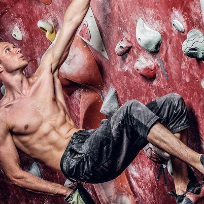 Lezení na horolezecké stěně i kurz pro 2 os.