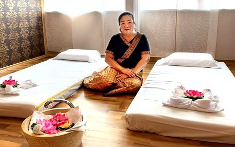 Thajská masáž: tradiční, aroma i královská