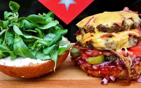 Doublecheesburger se slaninou v domácí housce