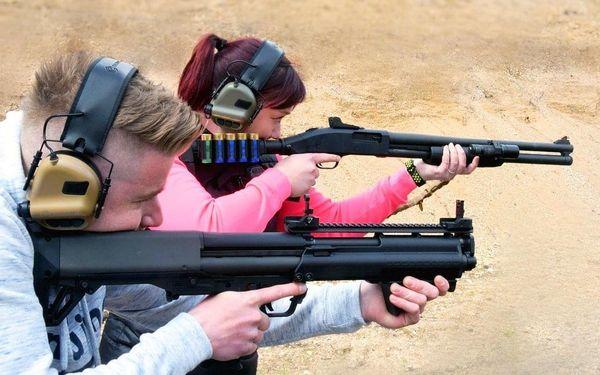 Střelba pro 1 osobu - 5 zbraní, celkem 40 nábojů3