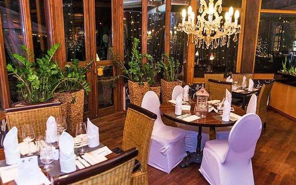 Severní Čechy v luxusním hotelu Morris**** s wellness a balneo procedurami + polopenze