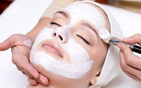 Dokonalá pleť: kosmetické ošetření proti akné