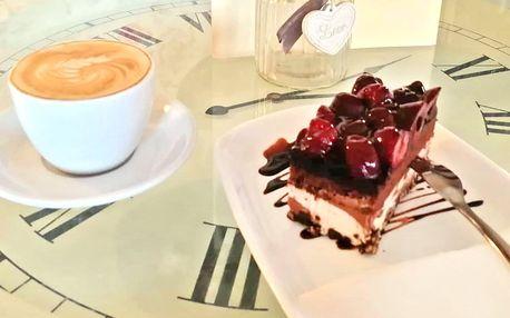 Káva a dort v centru Teplic pro 1 i 2 osoby