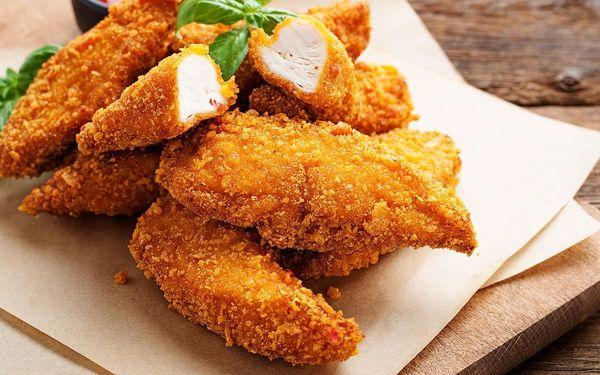 Vepřové či kuřecí řízky v piknikovém menu až pro 4 osoby