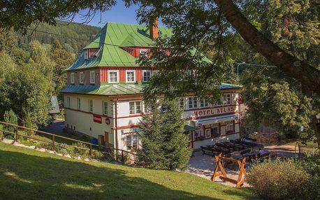 Léto pro rodinu v Krkonošském hotelu Atlas s polopenzí