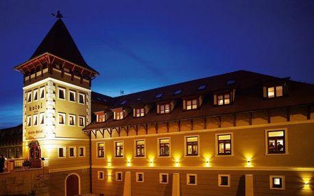 Slovensko, Komárno: Hotel Peklo