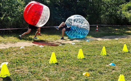 Legrace pro partu přátel: sumo zápasy v bublinách