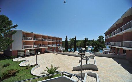 6–10denní Chorvatsko, Istrie | Resort Centinera*** 20 m od pláže | Dítě zdarma | Klimatizace