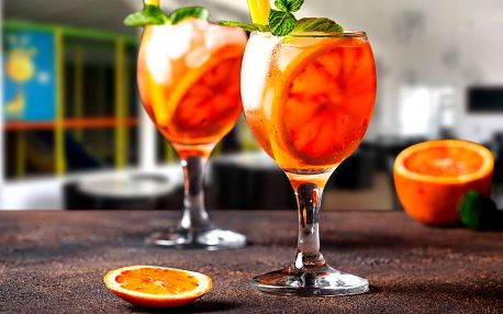 Aperol nebo Beefeater pink s tonikem pro 2 osoby