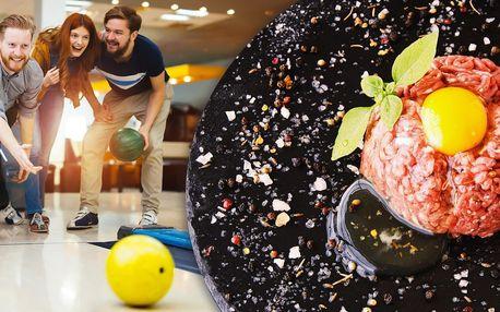 Půlkilový tatarák, topinky a bowling na 110 minut