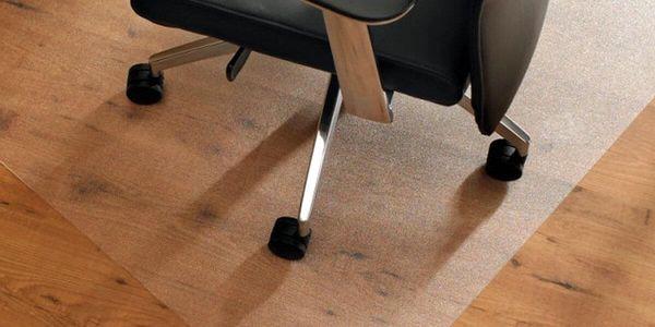 Ochranné podložky pod židli v šesti rozměrech