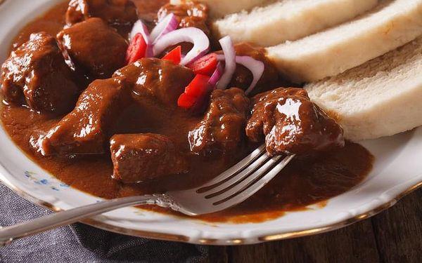 Švejk ¼ kachny, bramborový knedlík, dezert a presso pro 1 osobu2