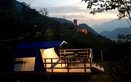 Itálie - Tridentsko - Horní Adiže: Glamping Resort Drena