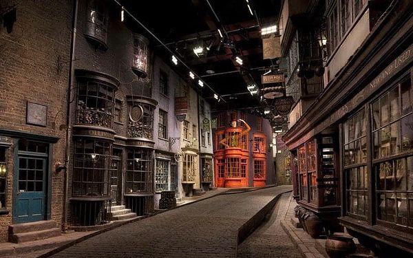 Londýn + filmové ateliéry Harryho Pottera s možností návštěvy Madame Tussaud's | 1 osoba | 3 dny (0 nocí) | Pá 22. 11. – Ne 24. 11. 20195
