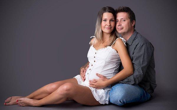 Těhotenské, newborn či rodinné focení v ateliéru (standard)4