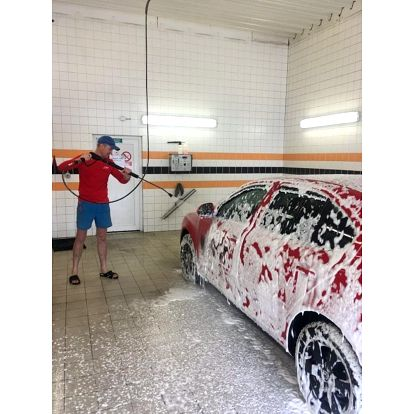 Ruční mytí vozu vč. tepování sedaček s možností broušení laku