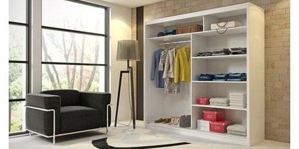 Kvalitní šatní skříň KOLA 4 dub sonoma šířka 180 cm Včetně LED osvětlení3