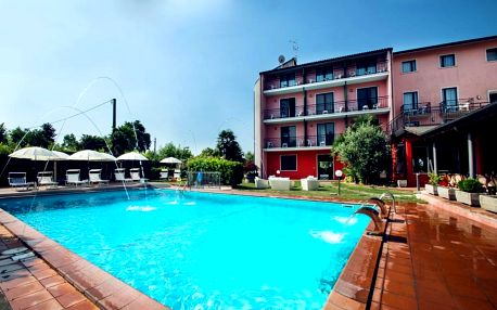 4–8denní Itálie, Lago di Garda | Hotel Maraschina*** | Dítě zdarma | Bazén a výřivka | Polopenze