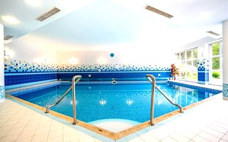 Slovensko v Hotelu Inovec *** blízko hranic s polopenzí a neomezeným wellness