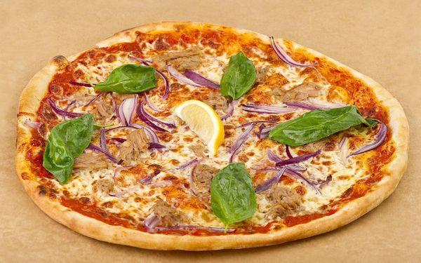 Pizza o průměru 32 cm + točený nápoj 0,3l3