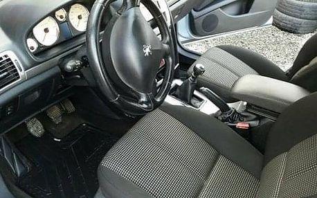 Čištění interiéru automobilu