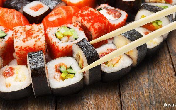 31 či 54 ks sushi s krevetami, lososem i úhořem