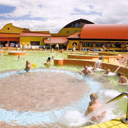 Celldömölk, JUFA Vulkan Thermen-Resort**** s vulkanickými termálními lázněmi