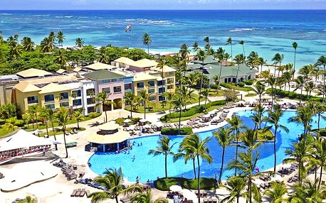 4*+ resort Ocean Blue & Sand s all inclusive