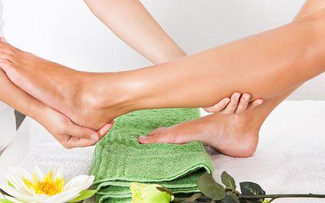 Chodidla jako v bavlnce: peeling a masáž