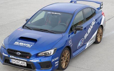Řidičem rallye káry Subaru Impreza WRX STI